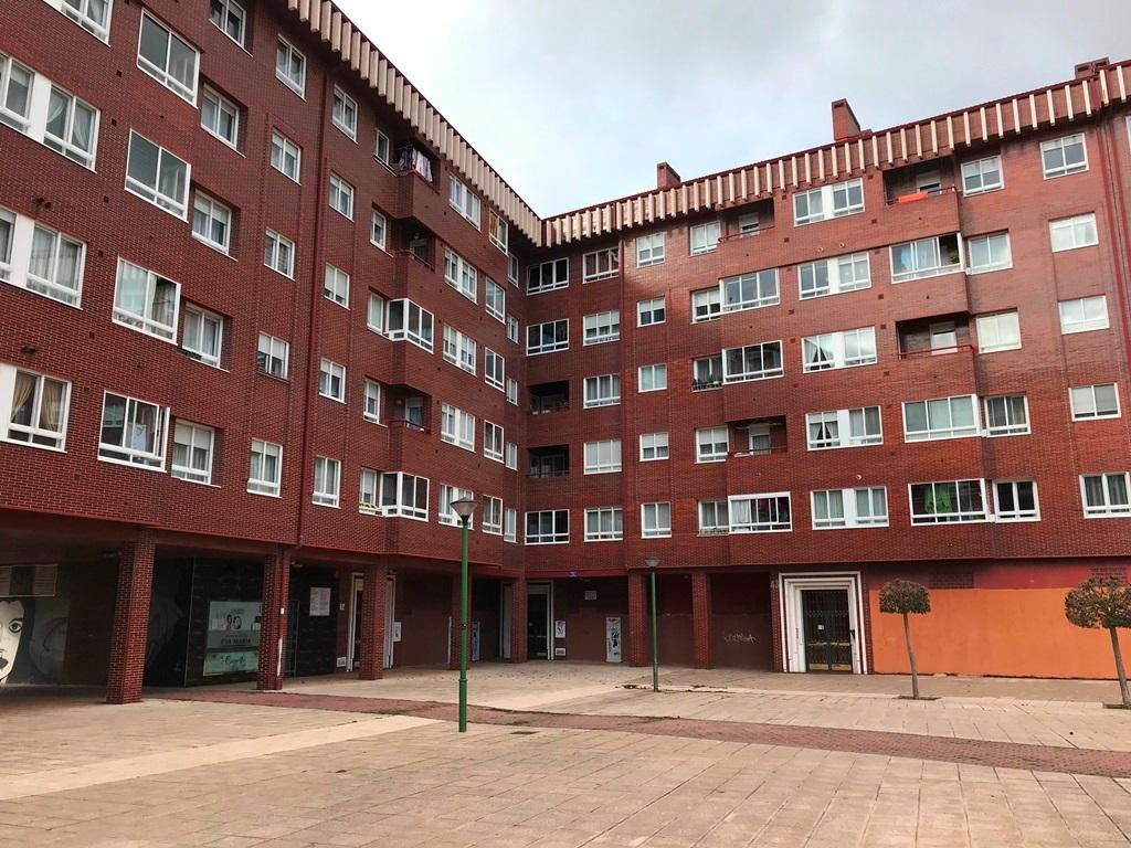 -eu-west-1.amazonaws.com/mobilia/Portals/inmoatrio/Images/5297/2331148