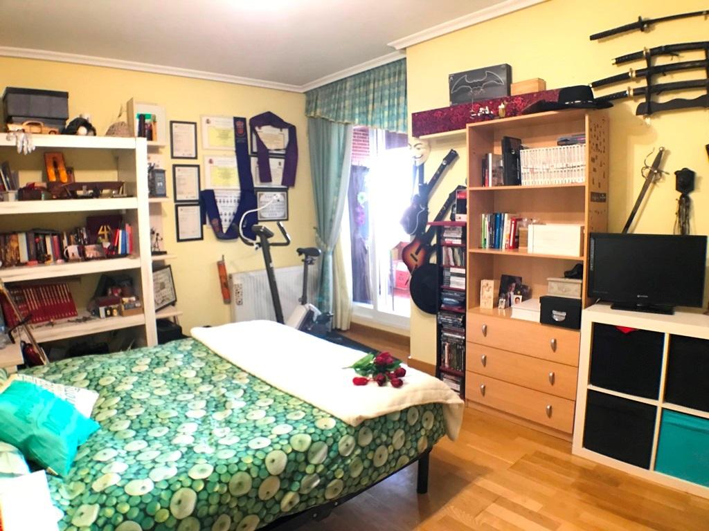 -eu-west-1.amazonaws.com/mobilia/Portals/inmoatrio/Images/5297/2331211