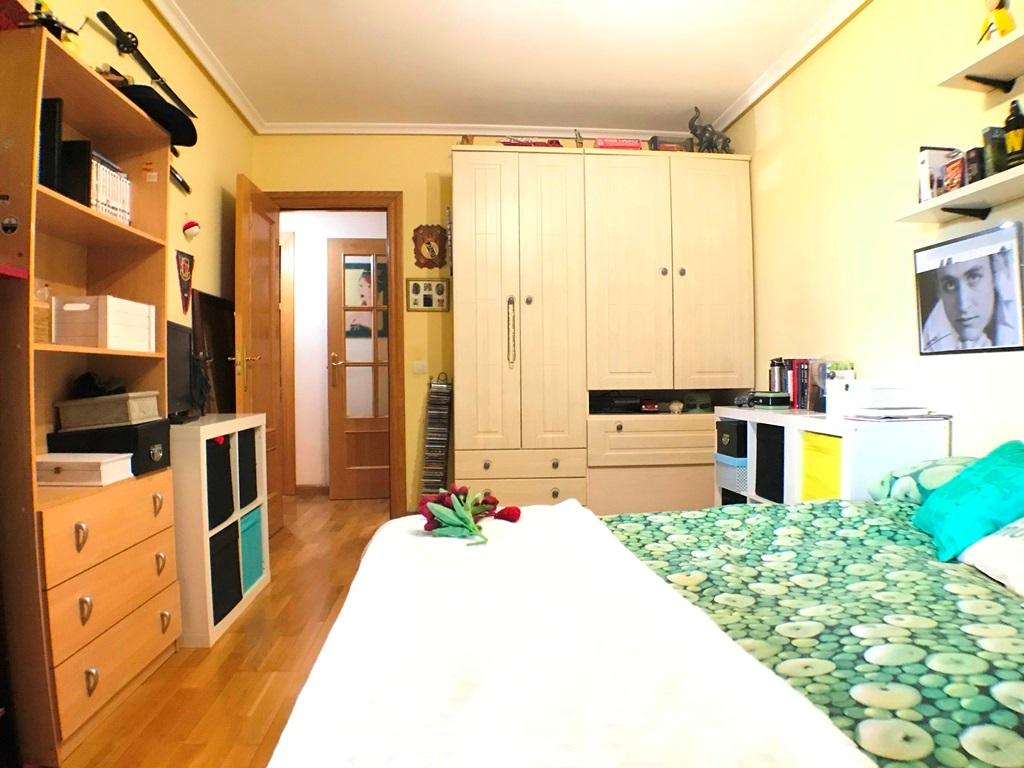 -eu-west-1.amazonaws.com/mobilia/Portals/inmoatrio/Images/5297/2331225