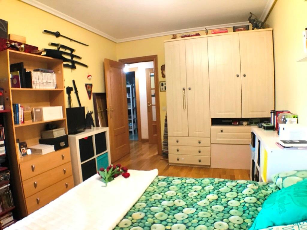 -eu-west-1.amazonaws.com/mobilia/Portals/inmoatrio/Images/5297/2331234