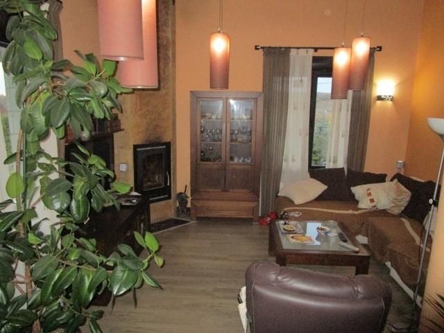 -eu-west-1.amazonaws.com/mobilia/Portals/inmoatrio/Images/5298/2331432
