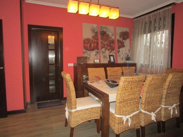 -eu-west-1.amazonaws.com/mobilia/Portals/inmoatrio/Images/5298/2331437