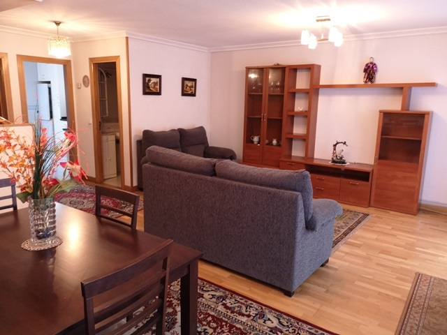 -eu-west-1.amazonaws.com/mobilia/Portals/inmoatrio/Images/5300/2337035