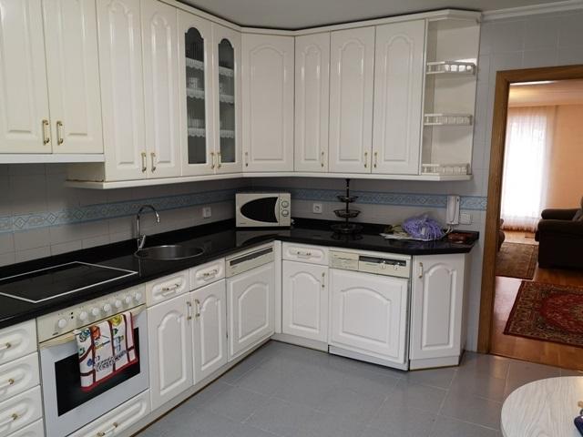 -eu-west-1.amazonaws.com/mobilia/Portals/inmoatrio/Images/5300/2337040