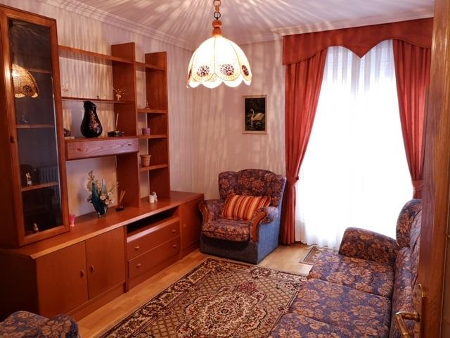 -eu-west-1.amazonaws.com/mobilia/Portals/inmoatrio/Images/5300/2337044