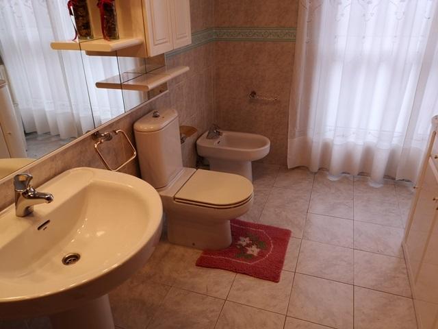 -eu-west-1.amazonaws.com/mobilia/Portals/inmoatrio/Images/5300/2337053