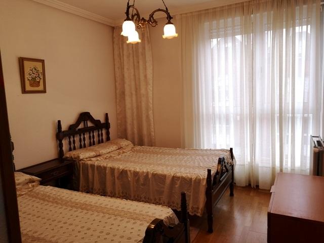 -eu-west-1.amazonaws.com/mobilia/Portals/inmoatrio/Images/5300/2337054