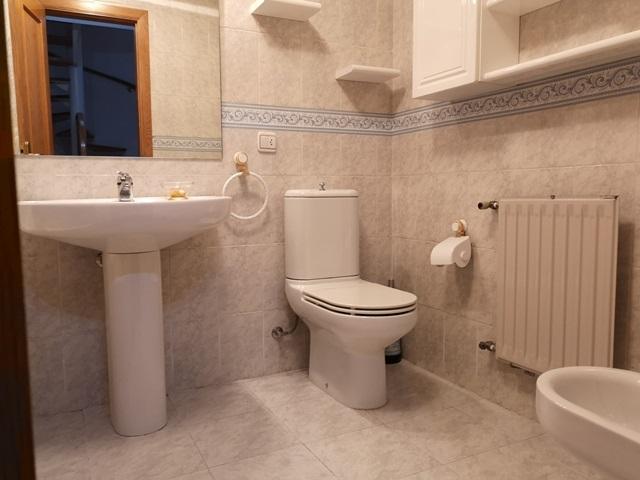 -eu-west-1.amazonaws.com/mobilia/Portals/inmoatrio/Images/5300/2337065