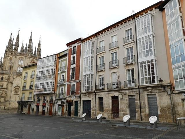 -eu-west-1.amazonaws.com/mobilia/Portals/inmoatrio/Images/5311/2356999