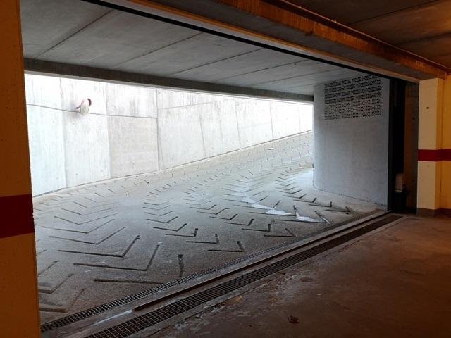 -eu-west-1.amazonaws.com/mobilia/Portals/inmoatrio/Images/5313/2360454