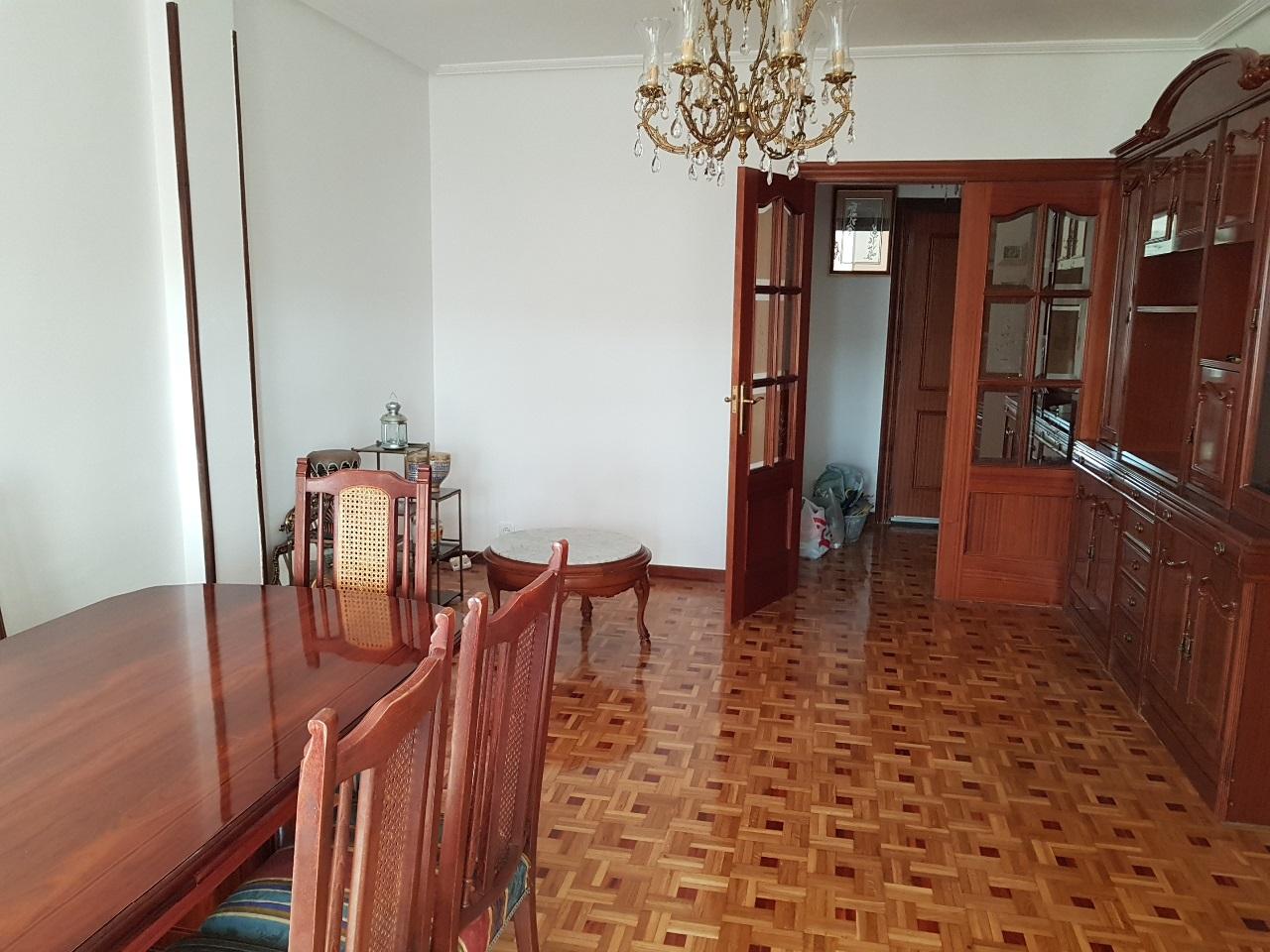 -eu-west-1.amazonaws.com/mobilia/Portals/inmoatrio/Images/5334/2393690