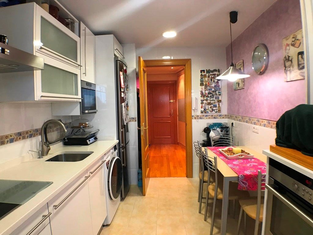 -eu-west-1.amazonaws.com/mobilia/Portals/inmoatrio/Images/5337/2400657