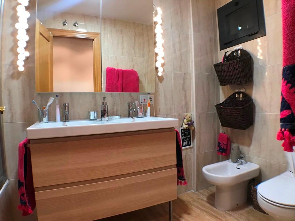 -eu-west-1.amazonaws.com/mobilia/Portals/inmoatrio/Images/5337/2400700