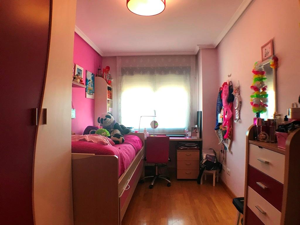 -eu-west-1.amazonaws.com/mobilia/Portals/inmoatrio/Images/5337/2400732