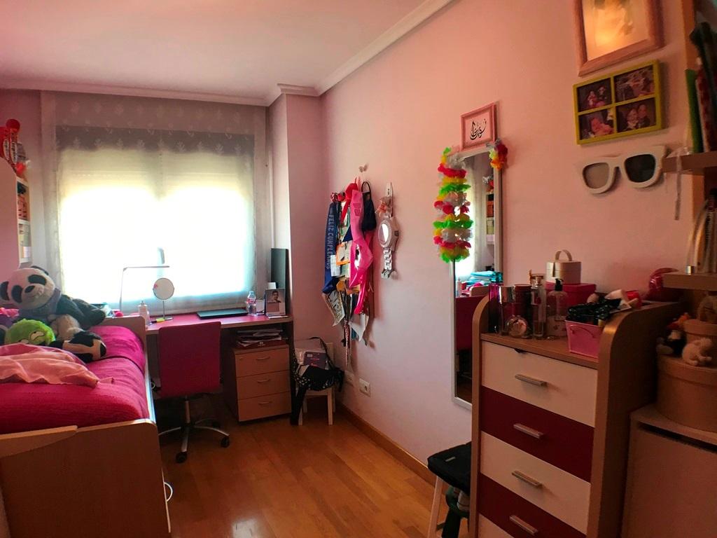 -eu-west-1.amazonaws.com/mobilia/Portals/inmoatrio/Images/5337/2400733