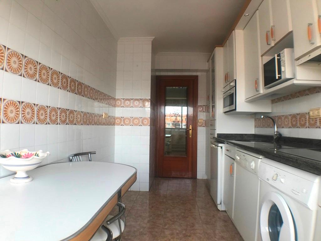 -eu-west-1.amazonaws.com/mobilia/Portals/inmoatrio/Images/5359/2433085