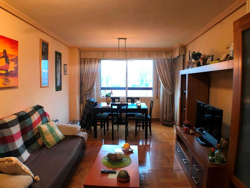 -eu-west-1.amazonaws.com/mobilia/Portals/inmoatrio/Images/5368/2464224