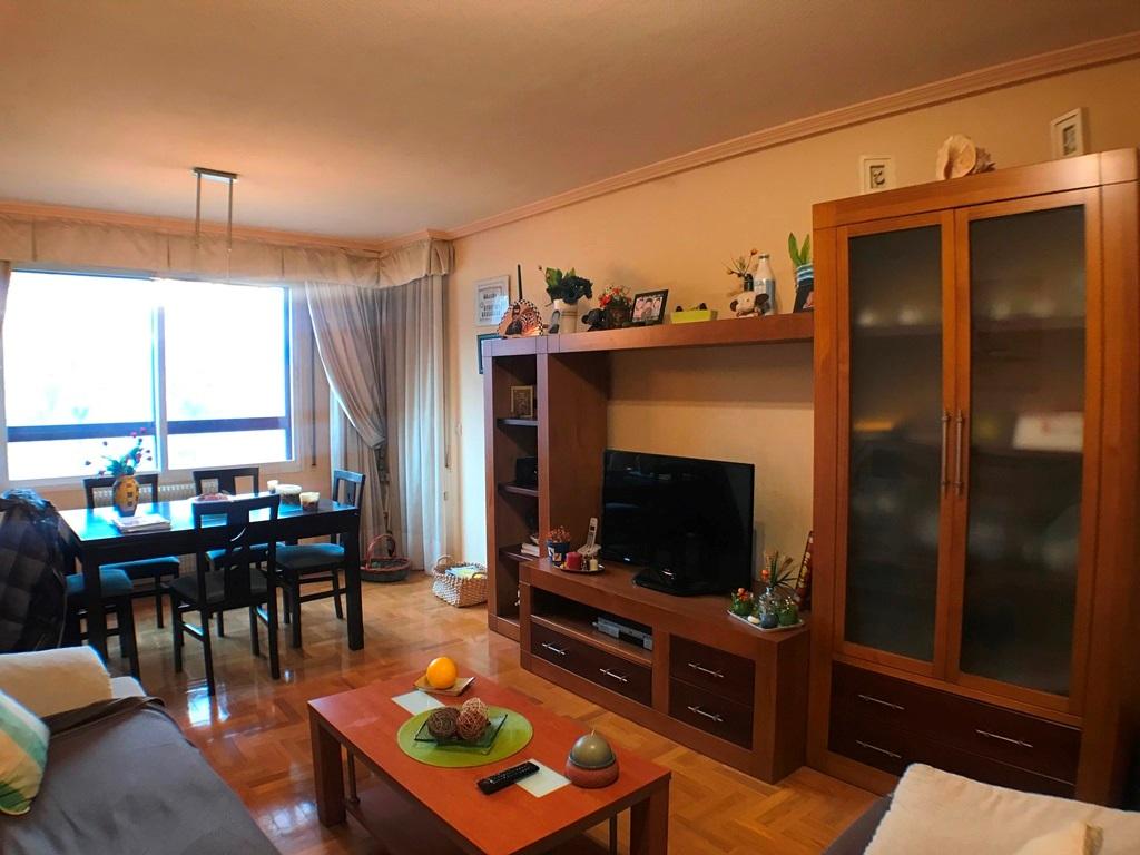 -eu-west-1.amazonaws.com/mobilia/Portals/inmoatrio/Images/5368/2464233
