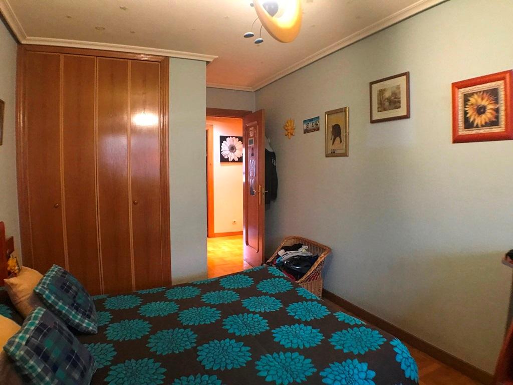 -eu-west-1.amazonaws.com/mobilia/Portals/inmoatrio/Images/5368/2464451