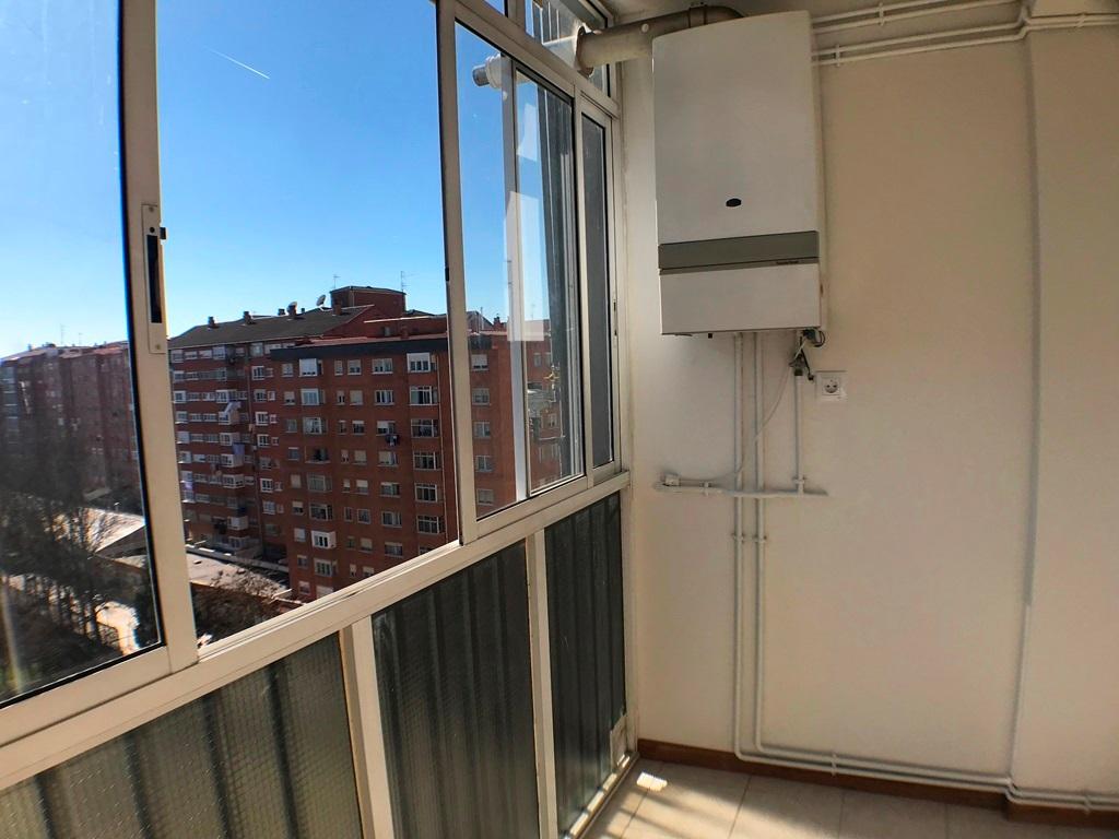 -eu-west-1.amazonaws.com/mobilia/Portals/inmoatrio/Images/5385/2484261