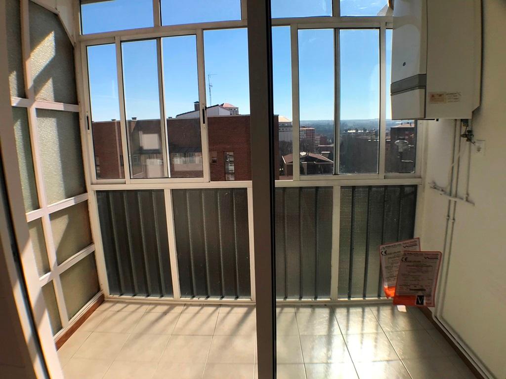 -eu-west-1.amazonaws.com/mobilia/Portals/inmoatrio/Images/5385/2484264