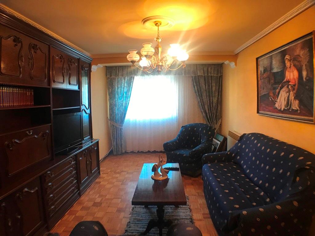 -eu-west-1.amazonaws.com/mobilia/Portals/inmoatrio/Images/5402/2488737