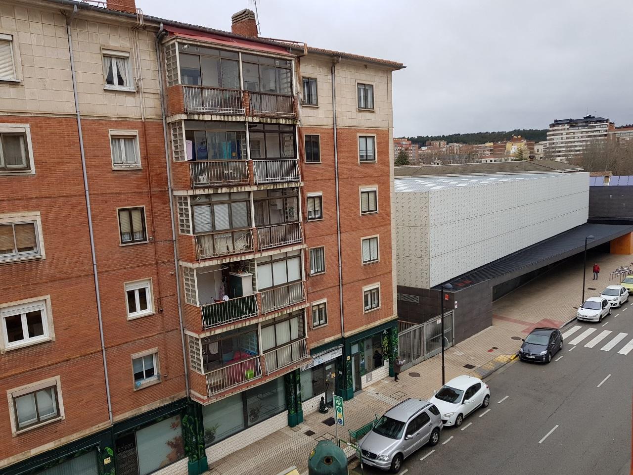 -eu-west-1.amazonaws.com/mobilia/Portals/inmoatrio/Images/5420/2500877