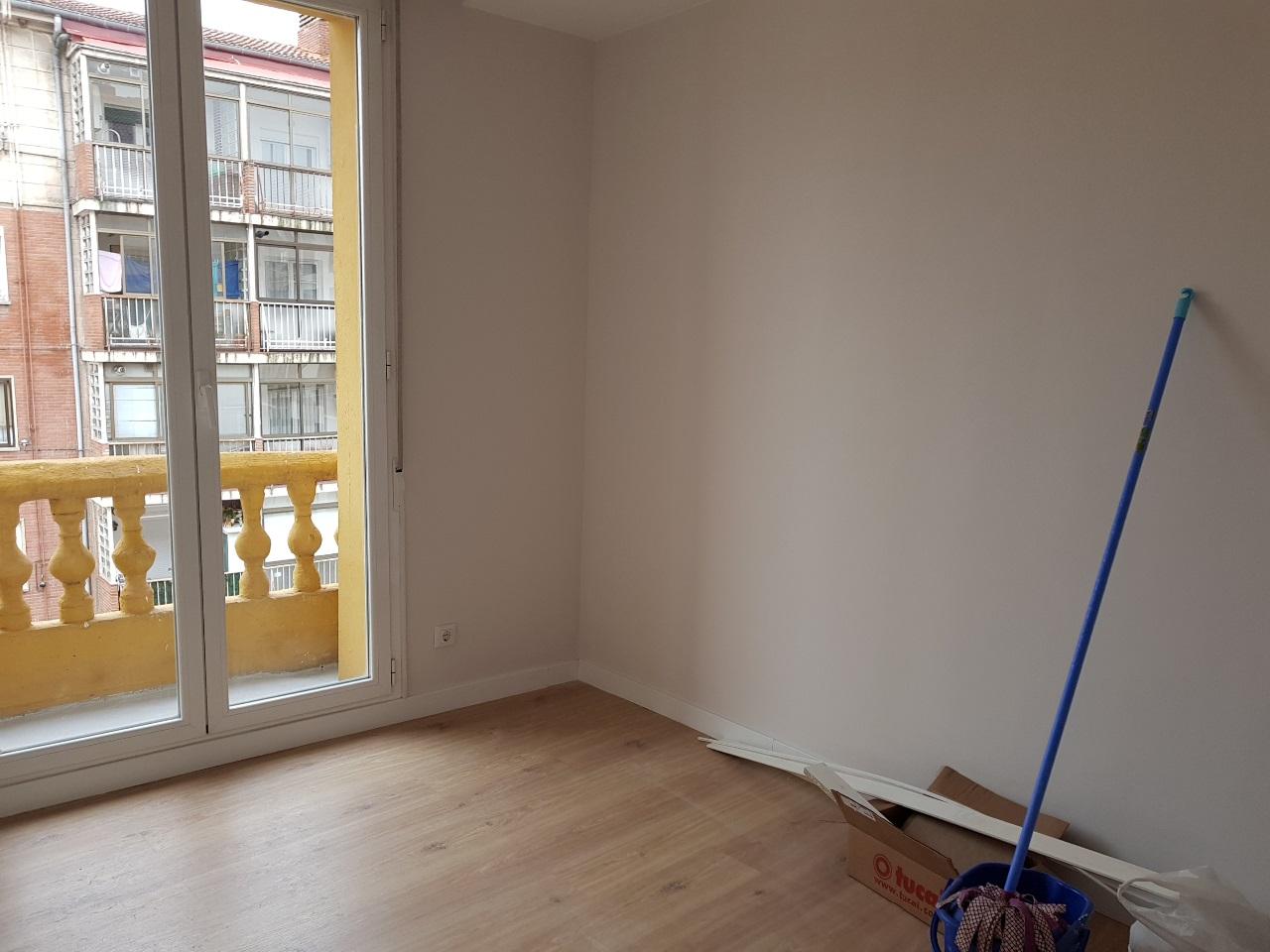 -eu-west-1.amazonaws.com/mobilia/Portals/inmoatrio/Images/5420/2500991