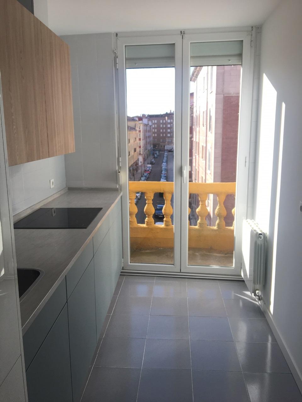 -eu-west-1.amazonaws.com/mobilia/Portals/inmoatrio/Images/5420/2501170