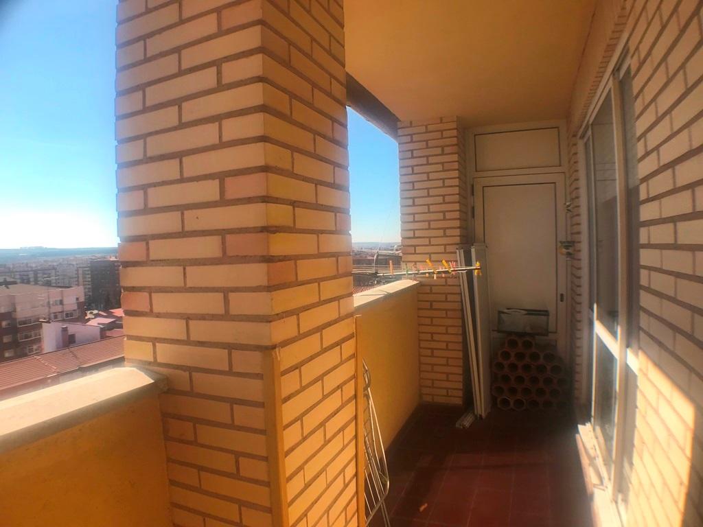 -eu-west-1.amazonaws.com/mobilia/Portals/inmoatrio/Images/5423/2511637