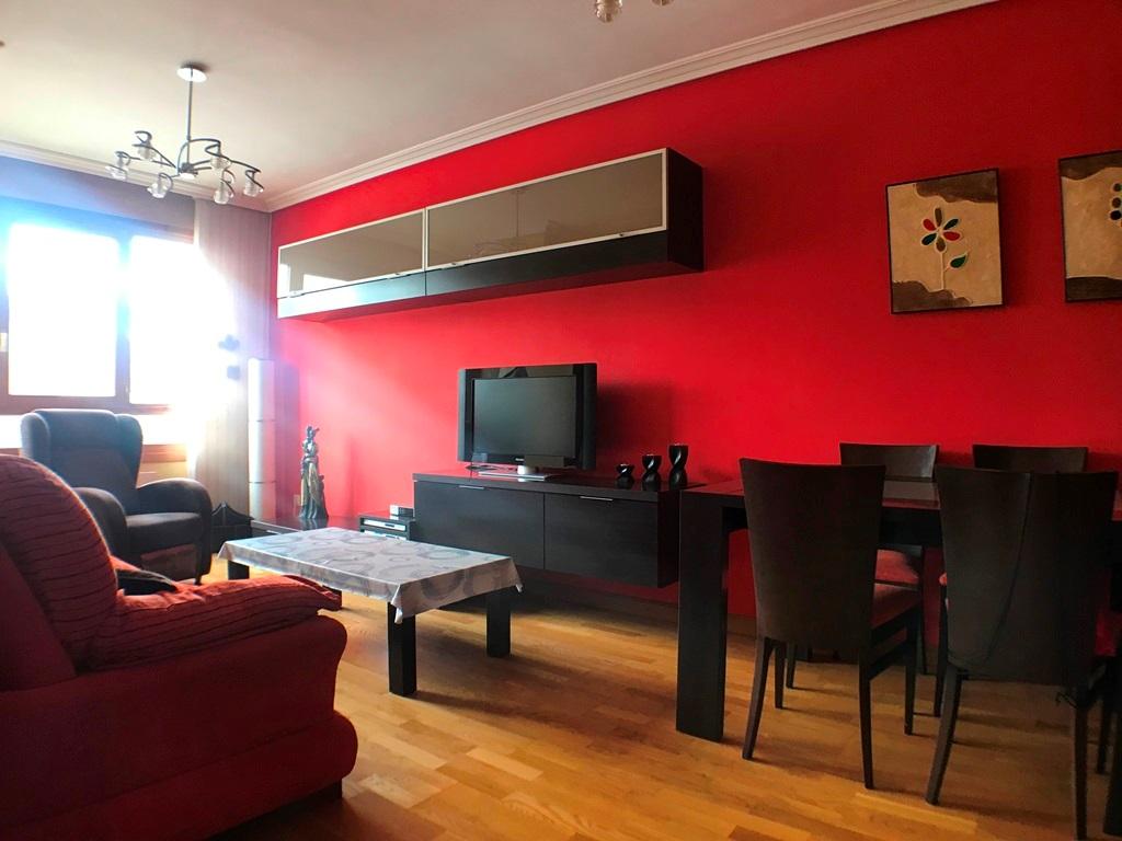 -eu-west-1.amazonaws.com/mobilia/Portals/inmoatrio/Images/5442/2528022