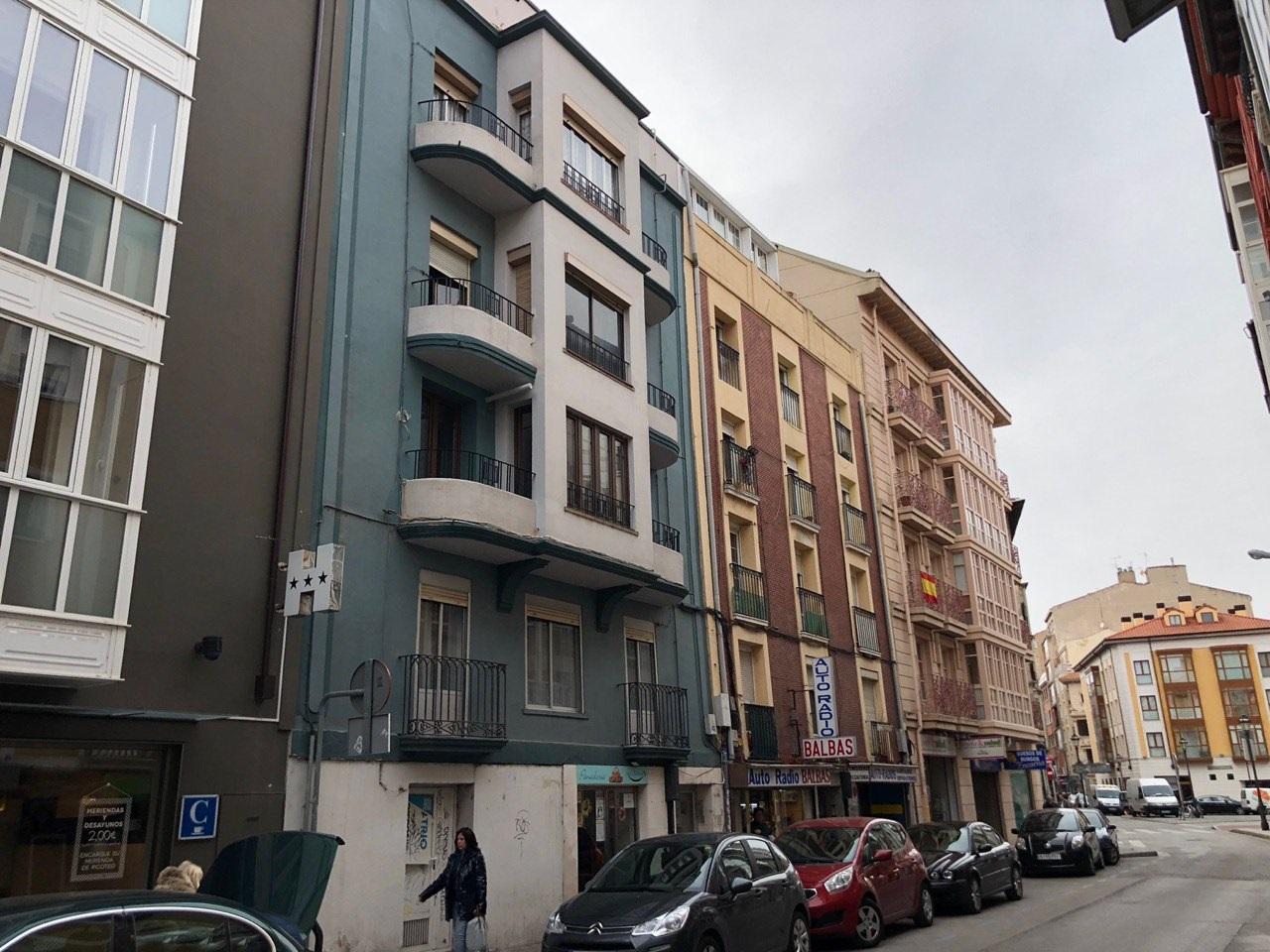 -eu-west-1.amazonaws.com/mobilia/Portals/inmoatrio/Images/5448/2527829