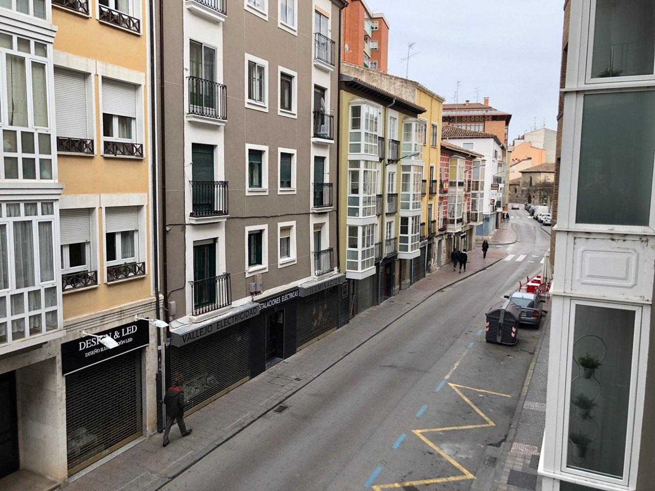 -eu-west-1.amazonaws.com/mobilia/Portals/inmoatrio/Images/5448/2527871