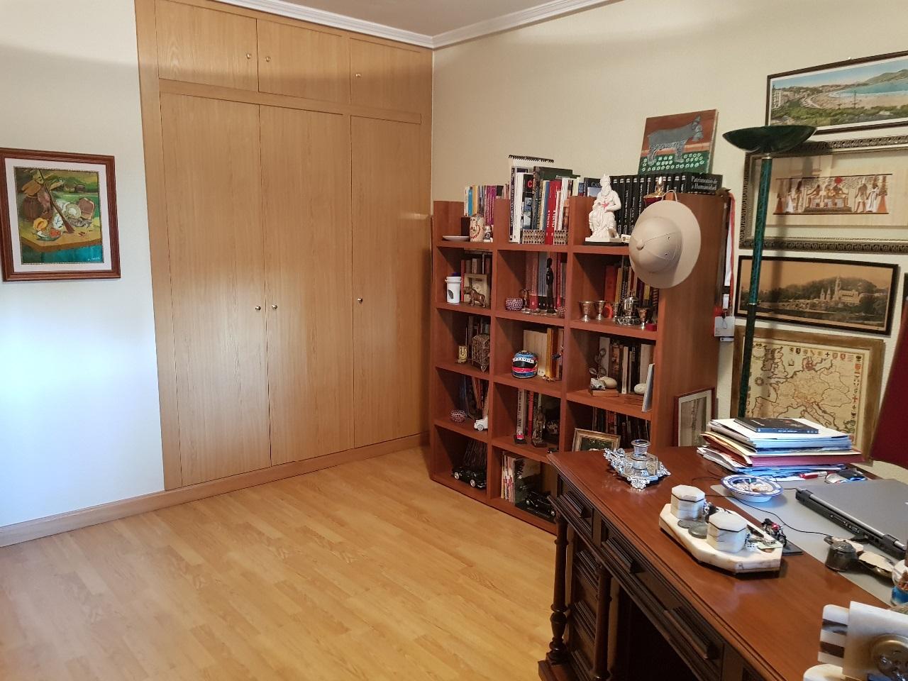 -eu-west-1.amazonaws.com/mobilia/Portals/inmoatrio/Images/5455/2530985