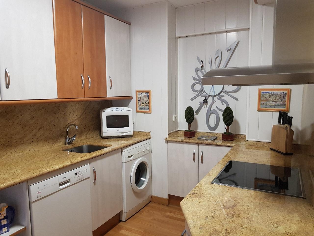 -eu-west-1.amazonaws.com/mobilia/Portals/inmoatrio/Images/5455/2531005