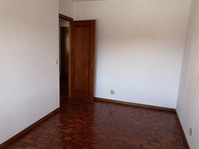 -eu-west-1.amazonaws.com/mobilia/Portals/inmoatrio/Images/5488/2570271