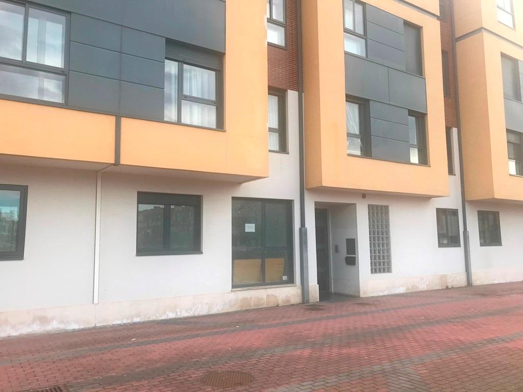 -eu-west-1.amazonaws.com/mobilia/Portals/inmoatrio/Images/5493/2574117
