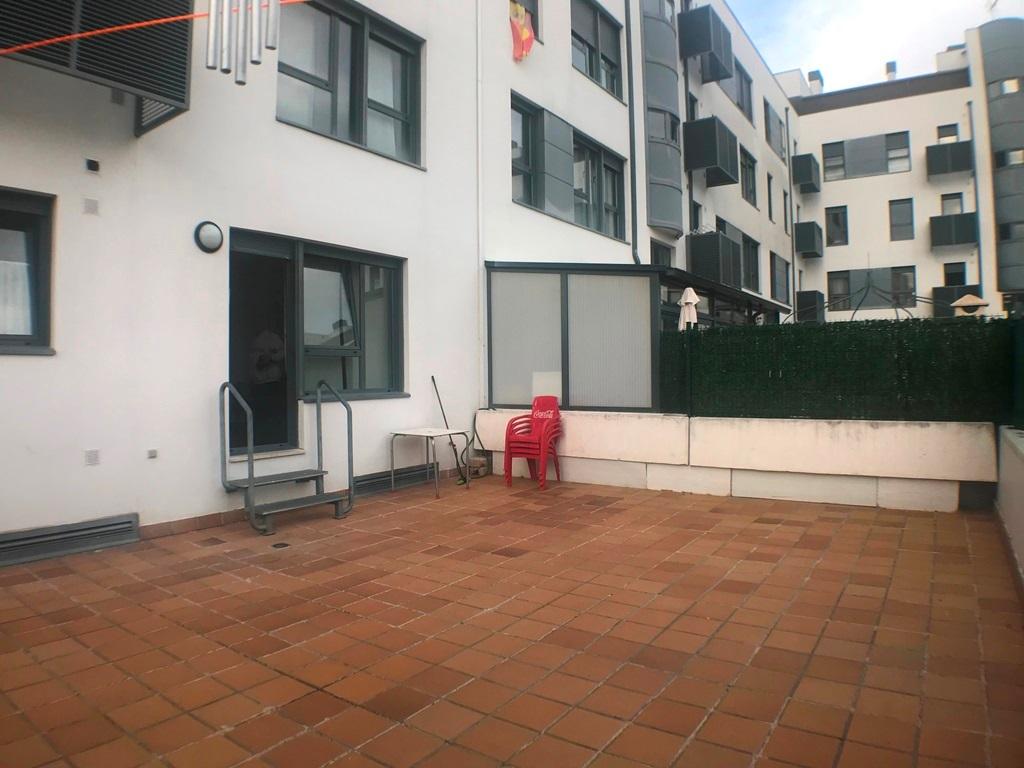 -eu-west-1.amazonaws.com/mobilia/Portals/inmoatrio/Images/5493/2574121