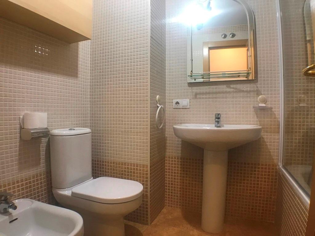 -eu-west-1.amazonaws.com/mobilia/Portals/inmoatrio/Images/5493/2574131