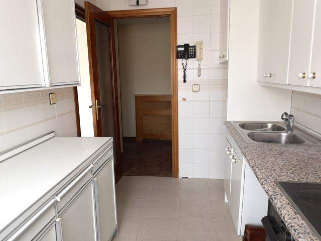 -eu-west-1.amazonaws.com/mobilia/Portals/inmoatrio/Images/5499/2574858