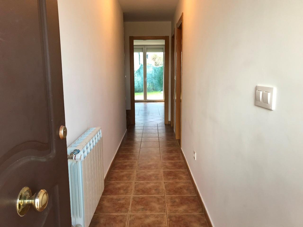 -eu-west-1.amazonaws.com/mobilia/Portals/inmoatrio/Images/5500/2575243
