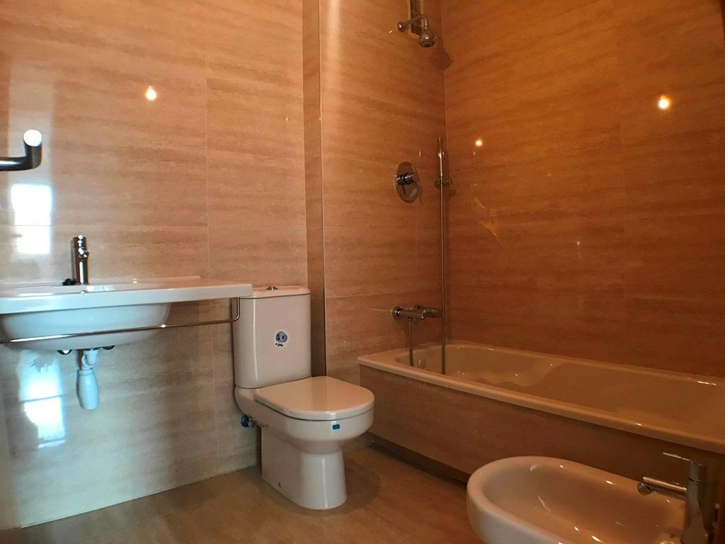-eu-west-1.amazonaws.com/mobilia/Portals/inmoatrio/Images/5636/2677733