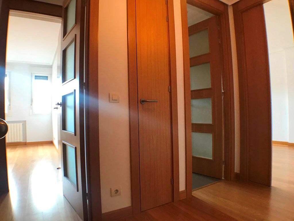 -eu-west-1.amazonaws.com/mobilia/Portals/inmoatrio/Images/5636/2677736