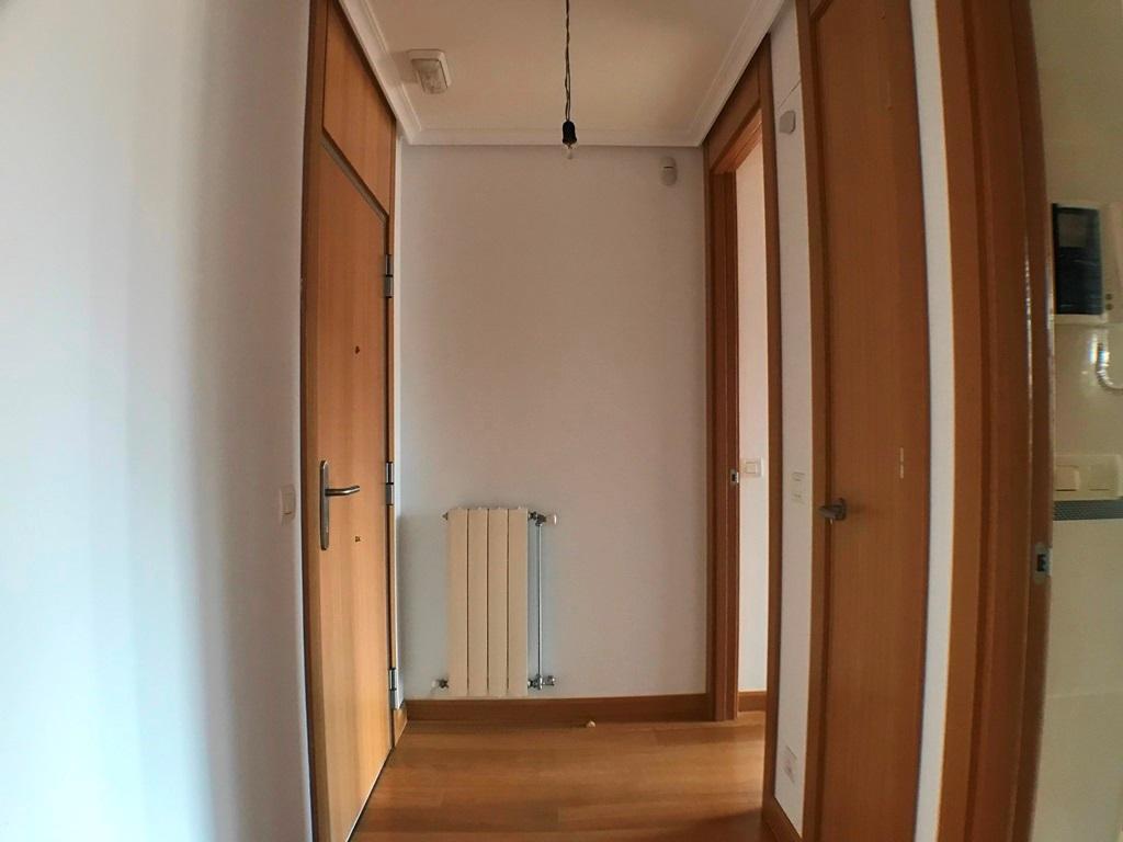 -eu-west-1.amazonaws.com/mobilia/Portals/inmoatrio/Images/5636/2677737