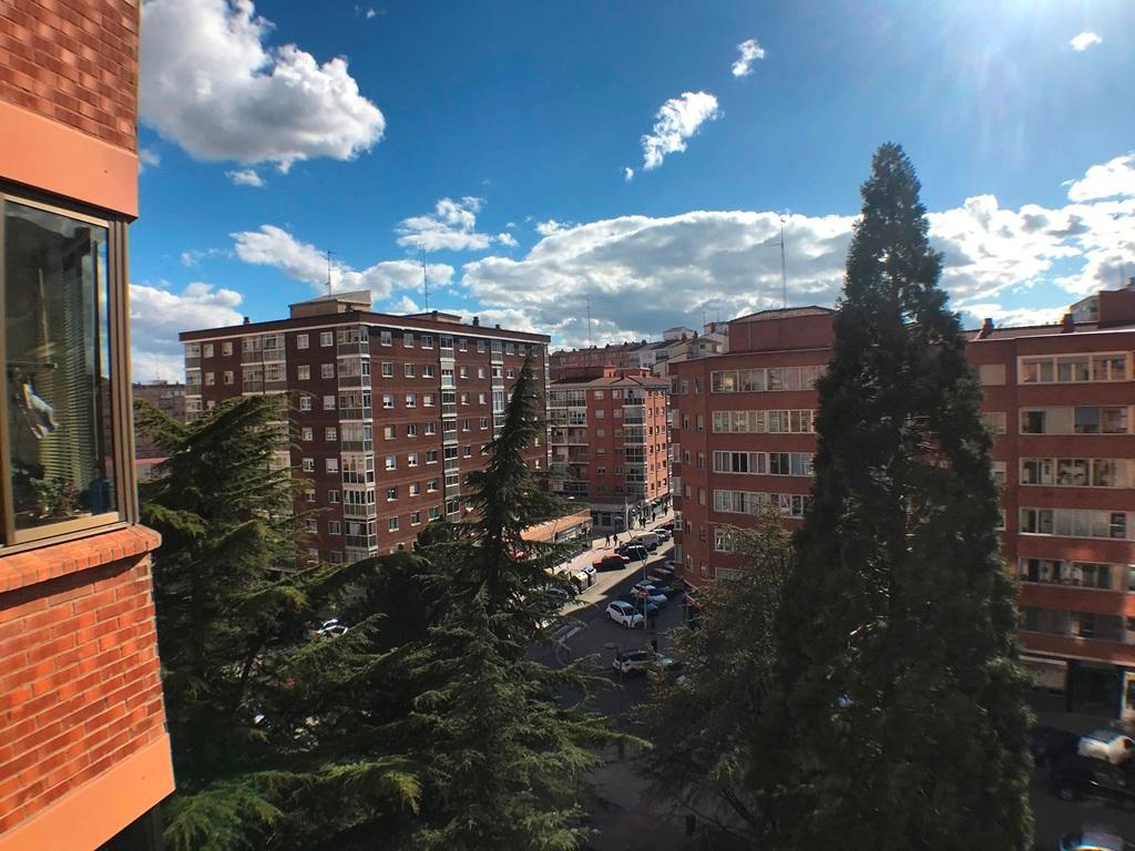 -eu-west-1.amazonaws.com/mobilia/Portals/inmoatrio/Images/5664/2693033