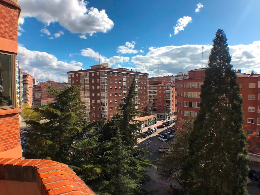 -eu-west-1.amazonaws.com/mobilia/Portals/inmoatrio/Images/5664/2693034