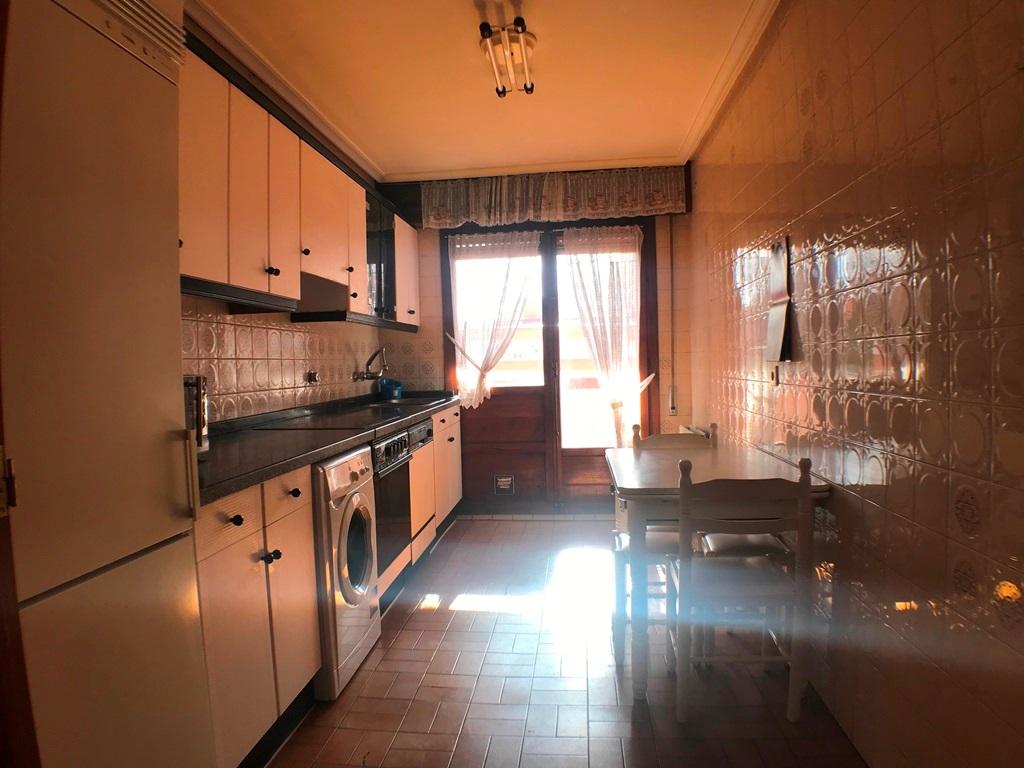 -eu-west-1.amazonaws.com/mobilia/Portals/inmoatrio/Images/5664/2693038