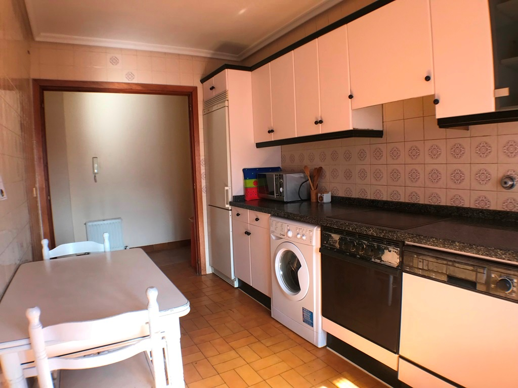 -eu-west-1.amazonaws.com/mobilia/Portals/inmoatrio/Images/5664/2693041