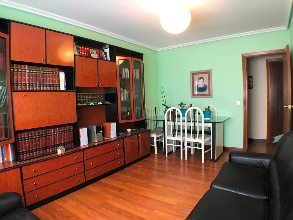 -eu-west-1.amazonaws.com/mobilia/Portals/inmoatrio/Images/5664/2693072