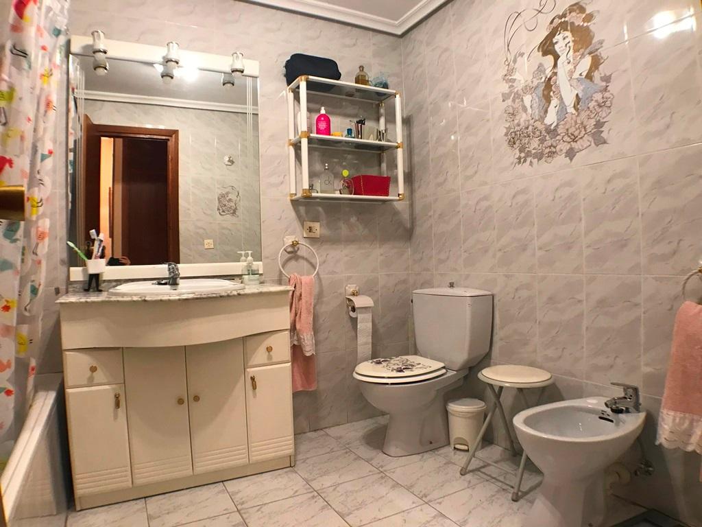 -eu-west-1.amazonaws.com/mobilia/Portals/inmoatrio/Images/5664/2693090